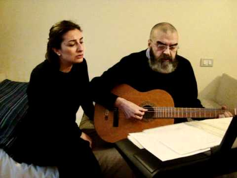 Padre Italo Vareschi canta Ieri sera sognavo di te.MPG