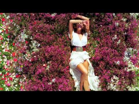 Spot frgancia de mil colores de rosario flores youtube for De mil colores