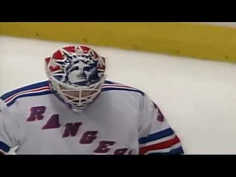 Nathan LaFayette Hits Post (1994 Stanley Cup Finals Game 7 Canucks vs Rangers)