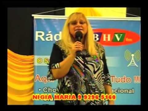 Nigia Maria se apresenta no programa Mistura Total da Amaral TV