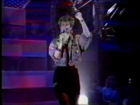 HAZEL DEAN 'Who's Leaving Who?' on Top Of The Pops 1988