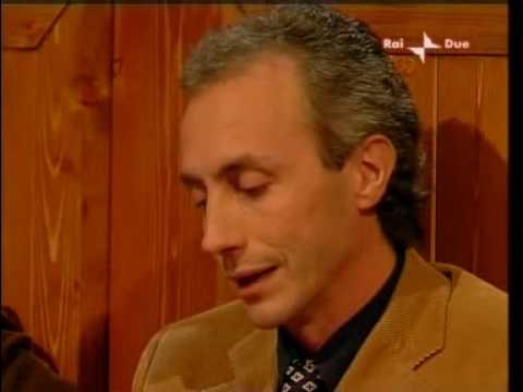Marco Travaglio Elogio del Cavaliere  Annozero 30112006