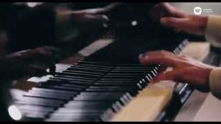 Rhapsody in Blue-Daniel Ligorio plays Gershwin.