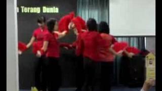 Gospel Fan Dance from Indonesia