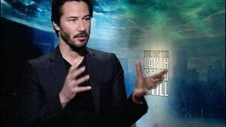 "Keanu on Earth Crisis in ""DAY THE EARTH STOOD STILL"""