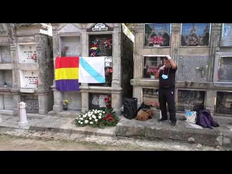 Homenaje en el cementerio de Pereiro a las víctimas del franquismo