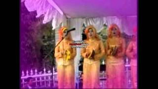 Khilda-Wanita Tiang Negara-Qasidah Rebana.avi
