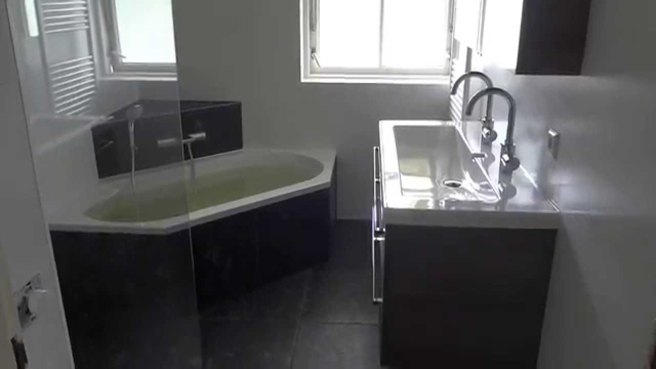 Nieuwe badkamer met xxl tegels en inloop douche - YouTube