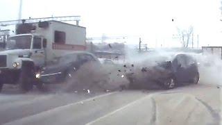 Russian Car crash compilation December ✦ Russian Car crashes ✦ week 4