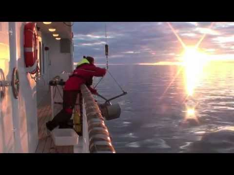 Baltic Sea Expedition: Dredge in Bothnian Bay Deep - May 27, 2011