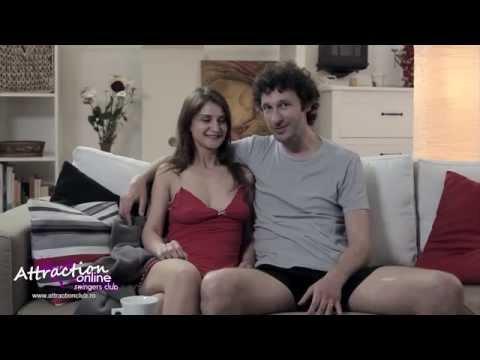 Cuplu swingers de la Attraction Club se prezintă