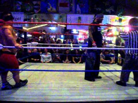 Midget Wrestling at Shakers Ottawa Illinois