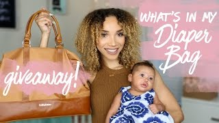 What's in my diaper bag + giveaway | raven elyse