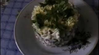 Салат из говяжьего языка со свежим огурцом.