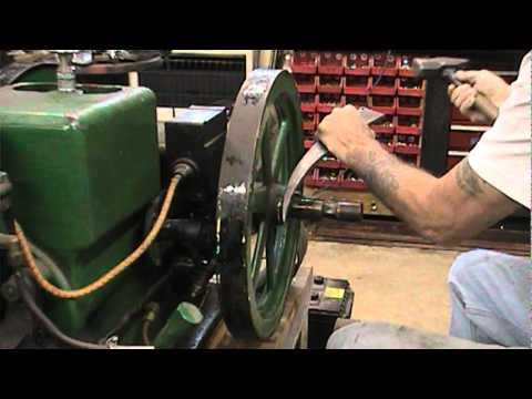 Gib key removal from engine crankshaft.