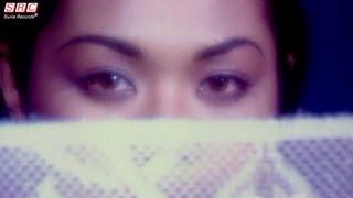 Gambar cover Liza Hanim - Barang Yang Lepas Jangan Di Kenang (Official Music Video - HD)