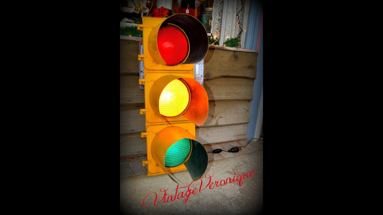 Traffic Light For Sale >> Great Retro Vintage Traffic Light For Sale On Etsy Mans Cave Perfect