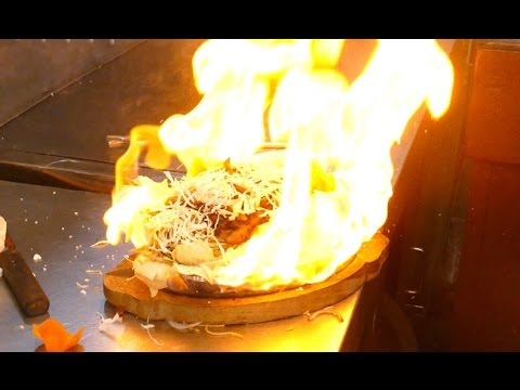 SIZZLERS | CHICKEN NOODLES SIZZLERS | RARE STREET FOOD | 4K VIDEO | MUMBAI STREET FOODD Street Food