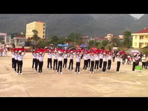 Múa hành khúc đội