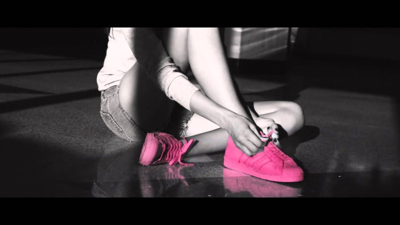 3a659ddba98615 adidas Superstar Supercolor YKM de! - YouTube