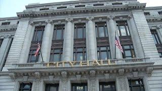 Newark mayor's salary may increase by $50,000 a year