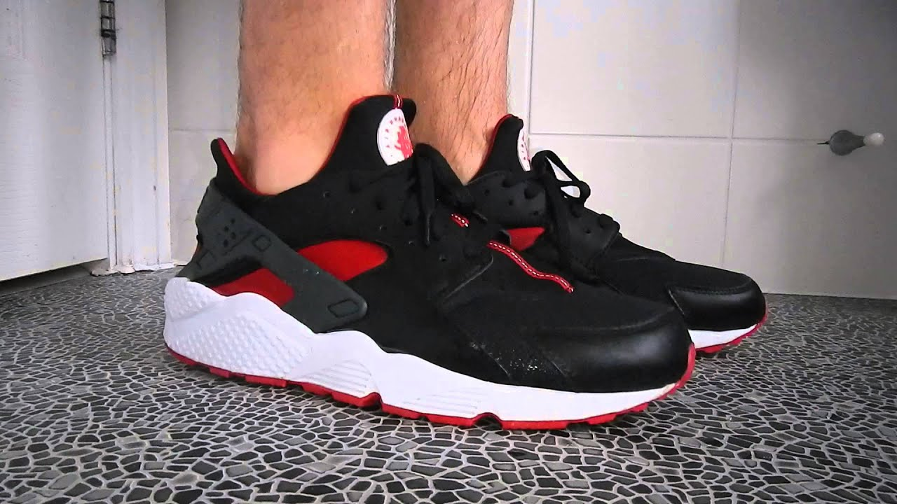 nike huarache with or without socks