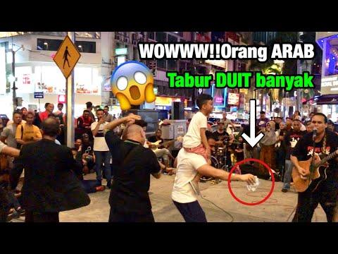 Wowww Pelancong Arab tabur DUIT banyak!!😱 Suka tengok persembahan Bob