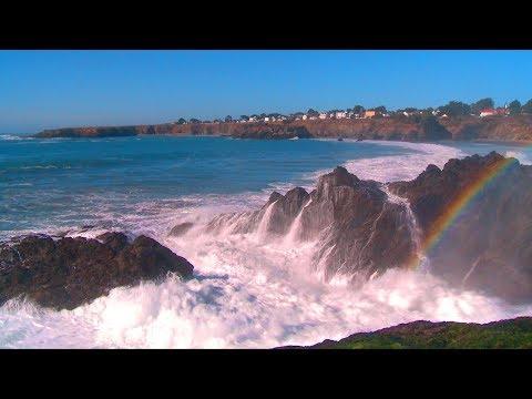 ♥♥ The Best Ocean Waves Crashing Video with Sea Mist Rainbow, 3