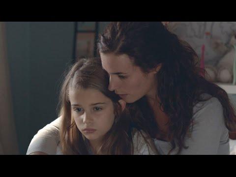 ¿Qué hace Nuria con el diario de Alicia? - Bajo sospecha