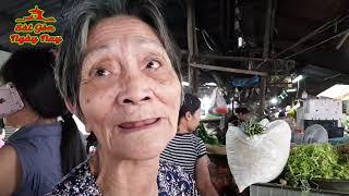 Nói như Khóc bà lão bán rau 90 tuổi cảm ơn nhà hảo tâm!