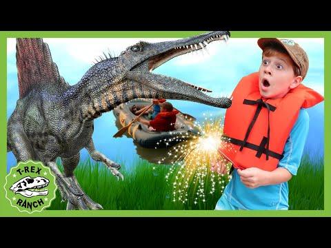GIANT Spinosaurus Attack