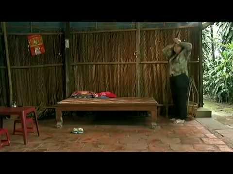 Đôi Guốc Lạ - Vân Quang Long.mp4
