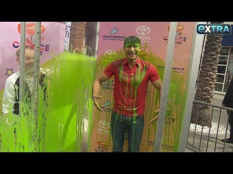 JoJo Siwa Dishes on the 2017 Nickelodeon Kids