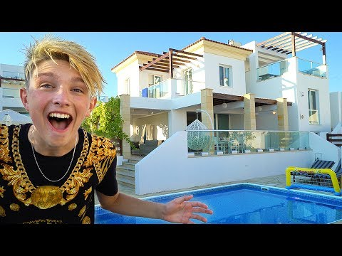 Download Youtube: Kid moves into a $1,000,000 Mansion aged 15 *NEW HOUSE TOUR*