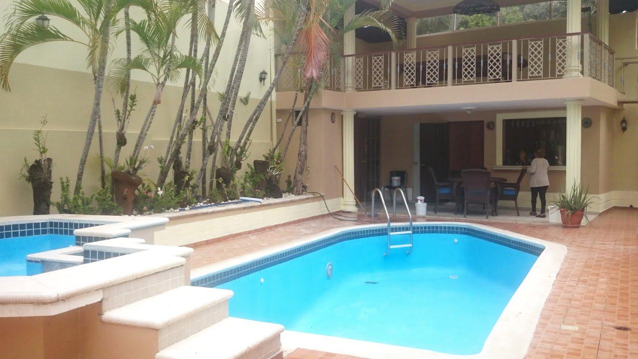 Casa de venta en santo domingo rep blica dominicana cs for Casa con piscina urdaibai