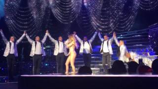 J.Lo performing If You Had My Love & Girls at her Las Vegas Show on NYE 2015!