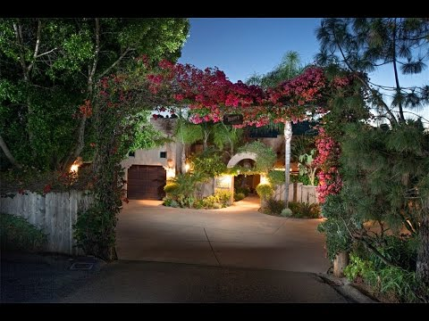 Simple Elegance and Beautiful Views in Poway, California