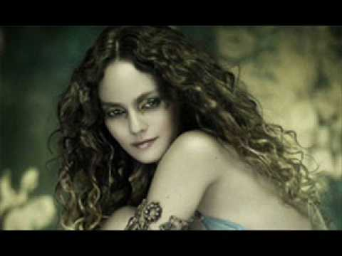 Vanessa Paradis and  Lenny Kravitz - Lonely Rainbow