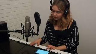 Sofi de la Torre feat. Blackbear - Flex Your Way Out (cover Julia Barylak)
