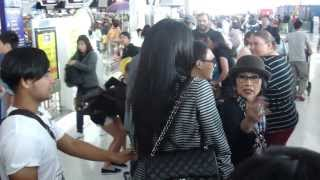 Miss Universe Thailand 2013 departed to Moscow