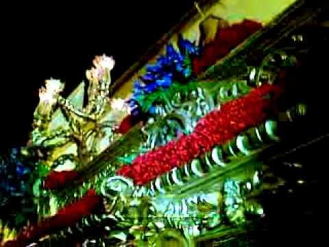 levanta y dedicatoria del costalero Alberto Segovia a su madre amarrao zafra 2010