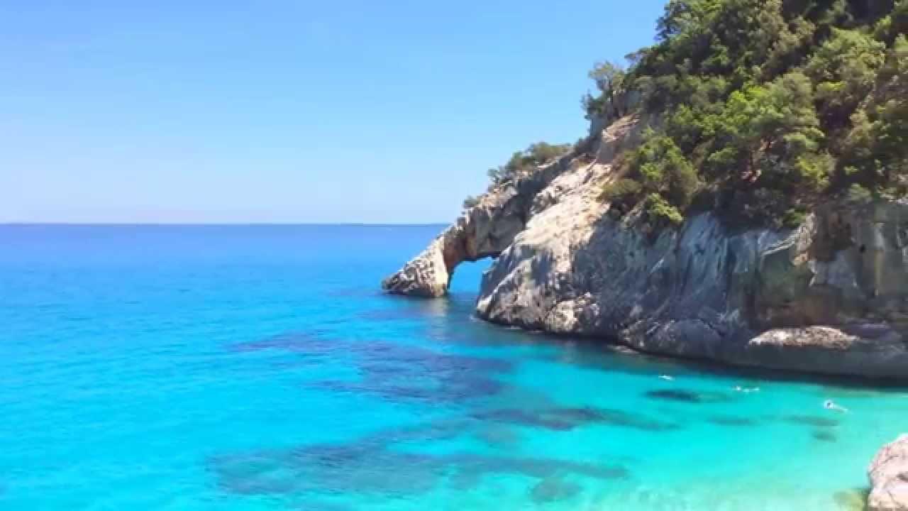 Sardegna il mare pi bello del mondo youtube for I mobili piu belli del mondo