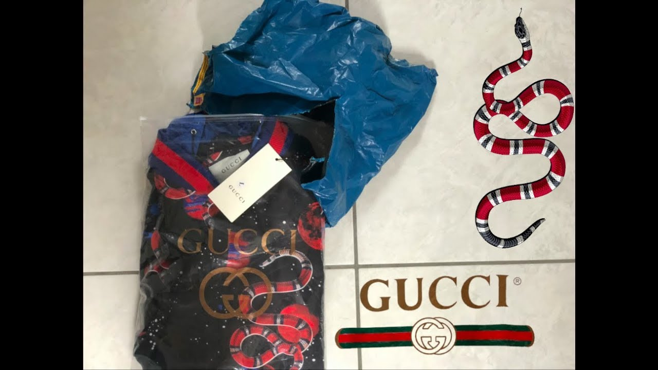 0dd7a24a2742 Gucci Galaxy Snake Jacket unboxing - YouTube