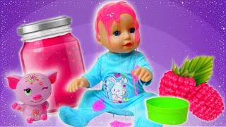 Vidéo pour enfants. Baby born Annabelle cherche ses jouets préférés
