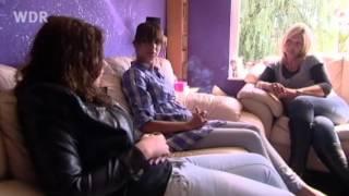 Die Loverboy-Masche: Wie Schulmädchen in die Prostitution geraten