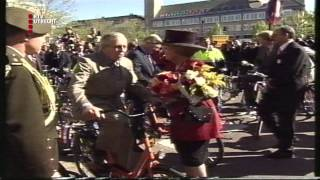 Koningin viert verjaardag in Houten 1999