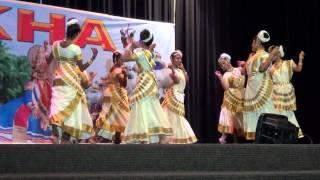 Kalavanikal padi dance