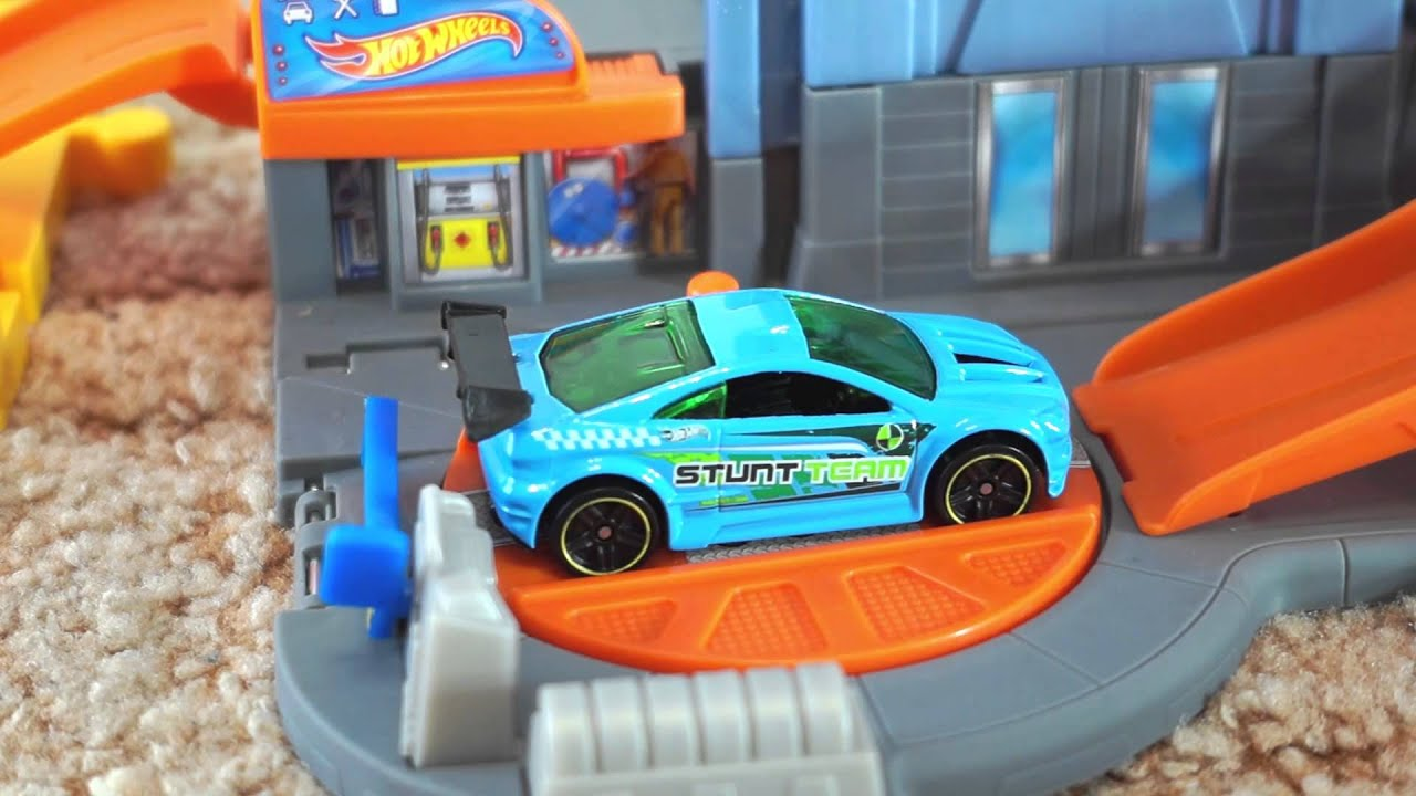 Hot Wheels Track Cars For Kids Toys