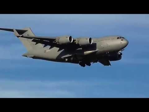 *RARE* RAAF C17 Globemaster III Sunset Arrival Melbourne Airport