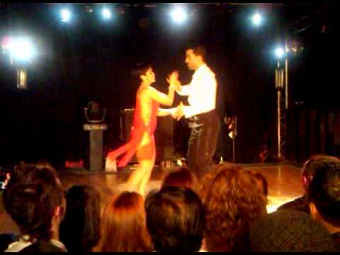 Del Dominguez And Laura Flores Cubby Bear -LatinStreet Salsa Finals 2011